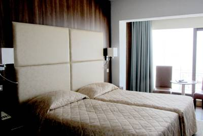 Hotel Ambassadeur - Sea View Bedroom