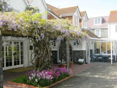 Hotel Hougue Du Pommier - Castel - Guernsey