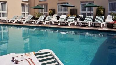 Sure Monterey Hotel - Outdoor Pool
