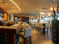 Royal Yacht Hotel - Zephyr Cafe Bar